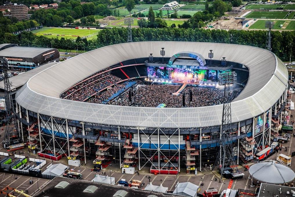 De Kuip als evenementenlocatie in Rotterdam? Neem contact op