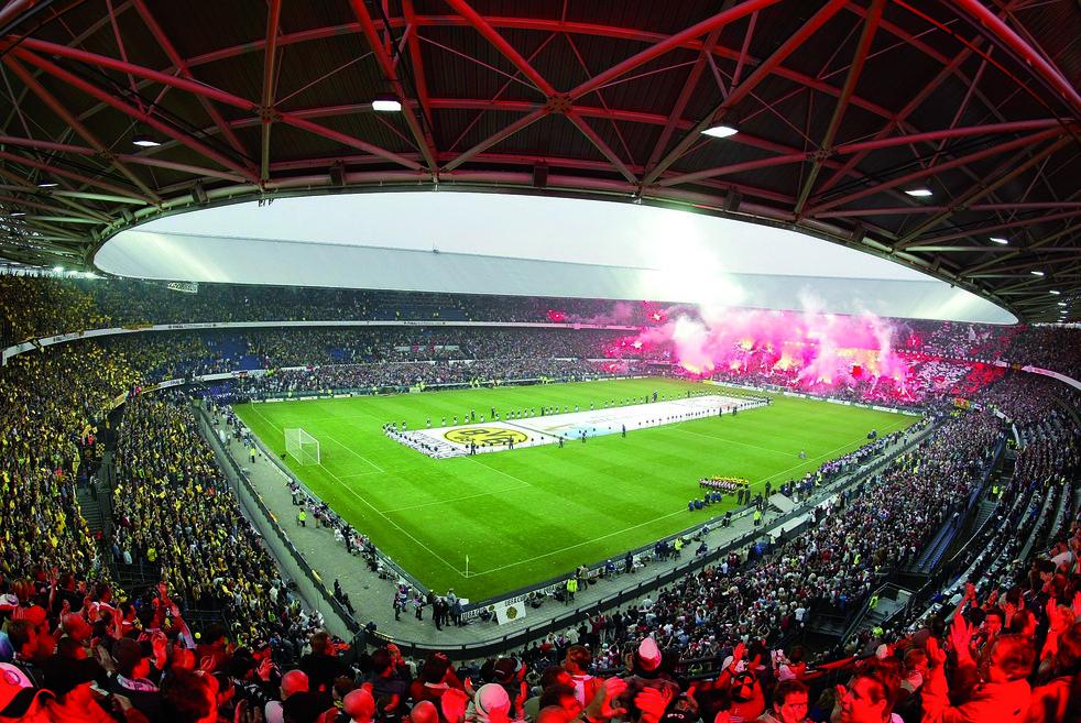 Feyenoord versus Borussia Dortmund