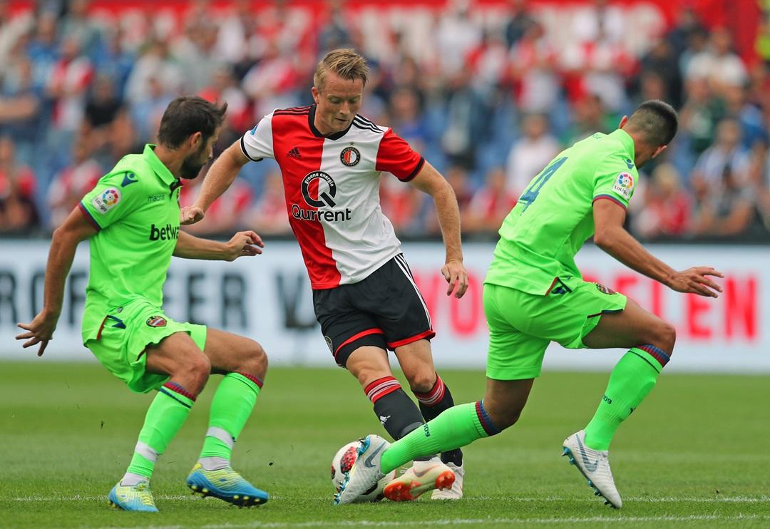 Feyenoord-Levante-02.JPG